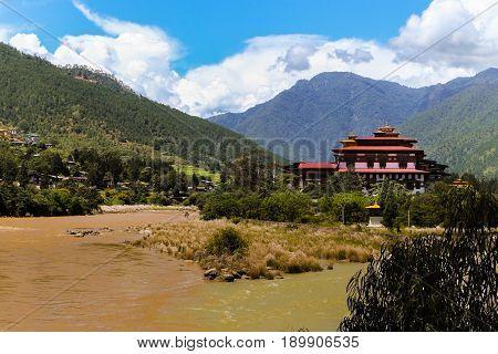 Punakha Dzong Temple (pungthang Dechen Phodrang Dzong - Palace Of Great Happiness), Bhutan