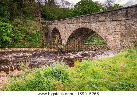 Gunnerside Road Bridge - Gunnerside Bridge to the south of the village lies in the heart of Swaledale a crossing over the River Swale