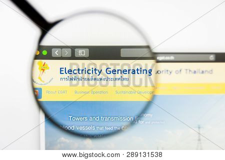 Los Angeles, California, Usa - 12 March 2019: Illustrative Editorial, Electricity Generating Website