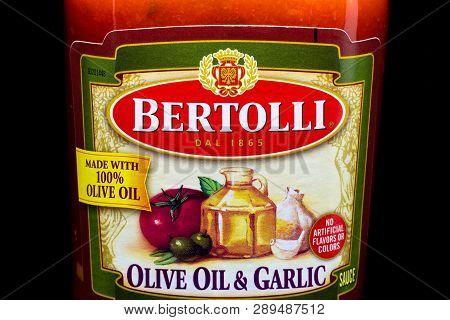 Bertolli Italian Sauce Container And Trademark Logo