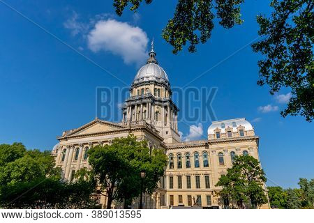 August 24, 2020 - Springfield, Illinois, USA: The Illinois State Capitol. The current building is the sixth to serve as the capitol building since Illinois was admitted to the United States in 1818.
