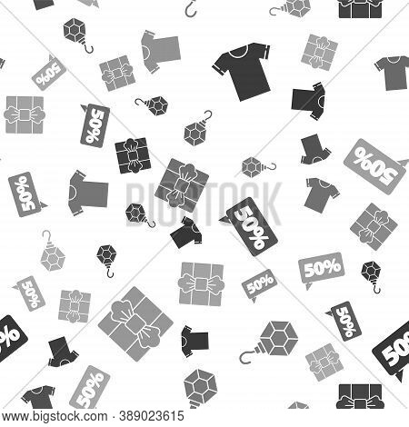 Set T-shirt, Earring, Fifty Discount Percent Tag And Gift Box On Seamless Pattern. Vector