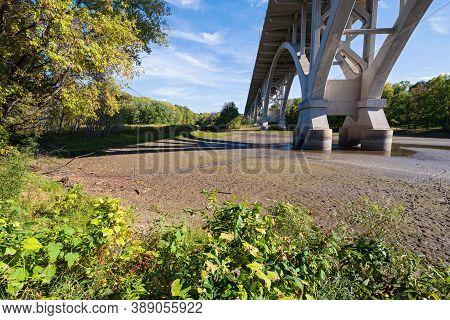 Highway 55 Or Mendota Bridge Spanning Fort Snelling State Park In Saint Paul Minnesota