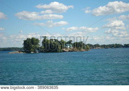 Water, Blue Lakes, Islands, Green Trees, Recreation Blue Sky White Cumulus Clouds