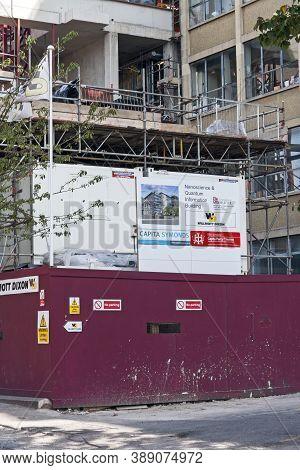 Bristol, Uk - September 8, 2007: Construction Work On The Nanoscience And Quantum Information Buildi