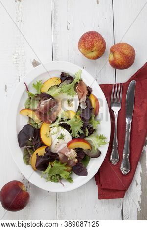 Prosciutto Peach Salad With Fresh Mozzarella