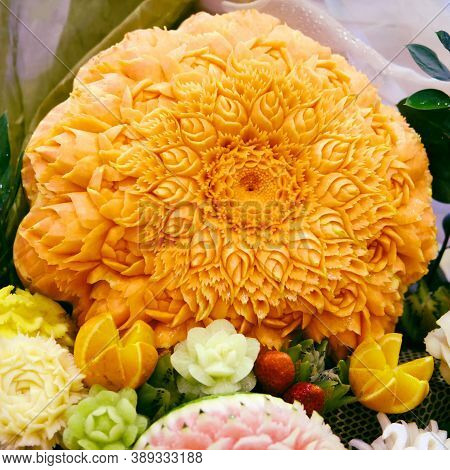 Flower Carved On Pumpkin For Decoration Food - Carving With Fruit