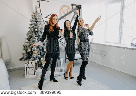 Christmas Ideas On Lockdown. Christmas Celebration, New Year Eve Party, Festive Family Get-togethers