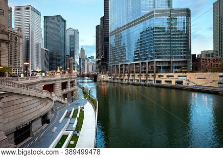 Chicago, Illinois, United States - May 03, 2011: Cityscape Of Downtown Chicago With Chicago Riverwal