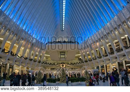 New York / Usa - November 26th 2019: The Interior Of The Oculus. Station In World Trade Center, Desi