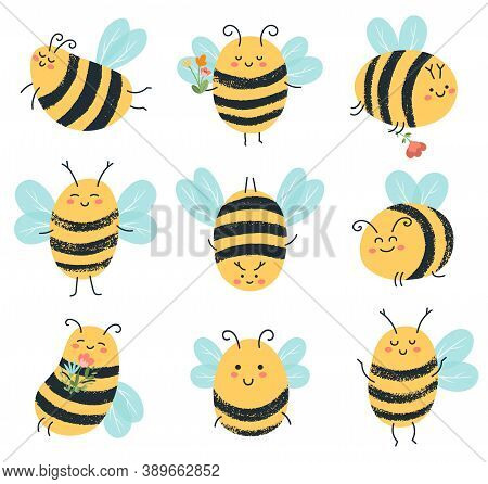 Cute Bees. Funny Yellow Bee Characters, Hand Drawn Flying Honey Bees Isolated Vector Illustration Ic
