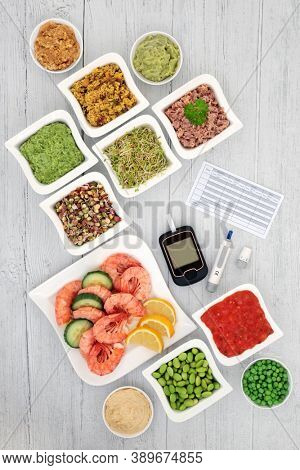 Low glycemic testing & lancing devices & chart with healthy food for diabetics below 55 on the GI index. High in antioxidants, anthocyanins, vitamins, minerals, protein, fibre & omega 3. Health care.