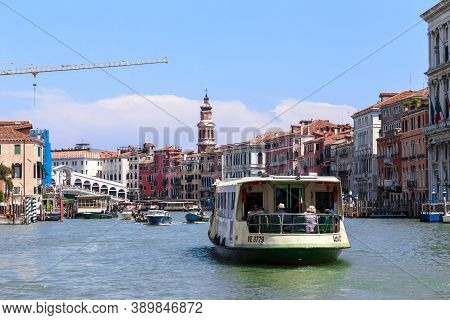 Venice, Italy - May 18, 2018: This Is A Vaporetto On The Grand Canal Near The Rialto.