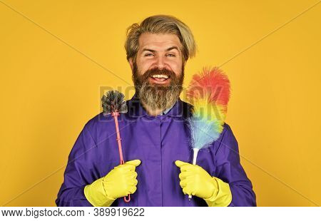 I Am Busy. Cleaning Service. Housekeeping Business. Cleaning The Apartment. Man Use Pp Duster. Hipst