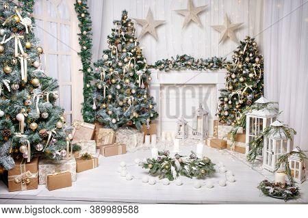 Christmas Decor. Christmas Tree Decorations And Holiday Homes. New Year's Interior With A Fir Tree I