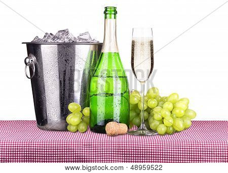 picnic with champagne and food