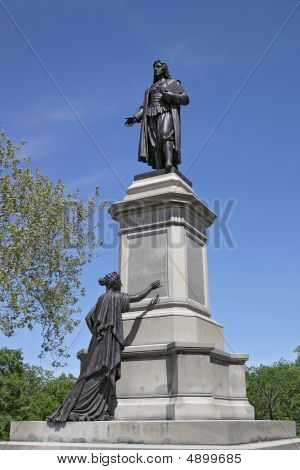 Roger Williams Statue