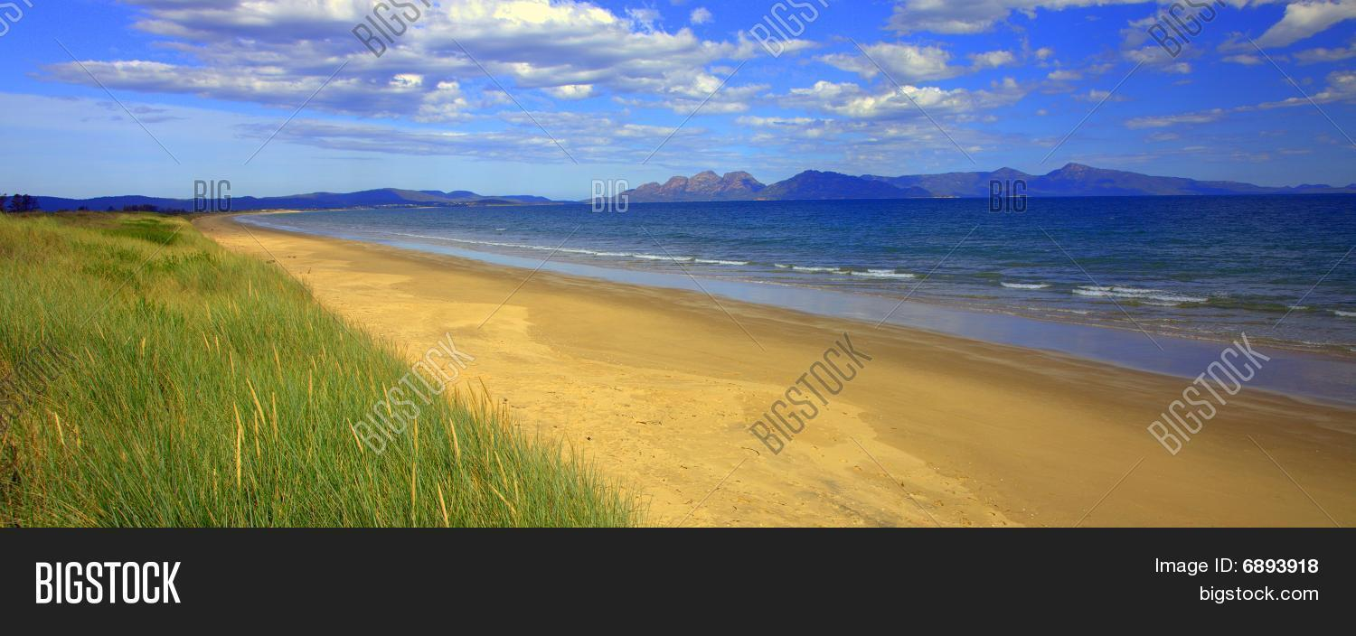 Nine mile beach, Tasmania