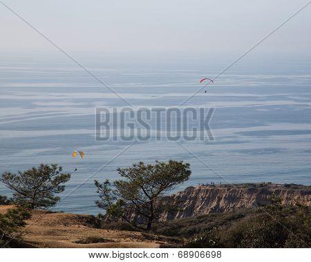 Para Gliders over Torrey Pines