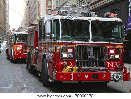 FDNY Engine 1 in midtown Manhattan