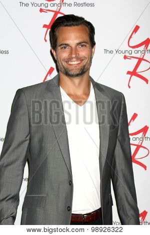 LOS ANGELES - AUG 15:  Scott Elrod at the