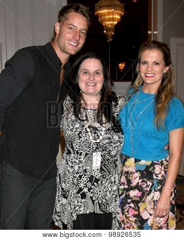 LOS ANGELES - AUG 15:  Justin Hartley, Cathy Toma, Melissa Claire Egan at the