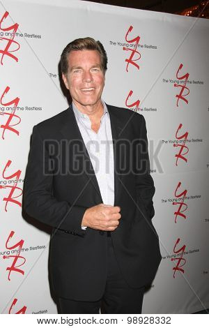 LOS ANGELES - AUG 15:  Peter Bergman at the