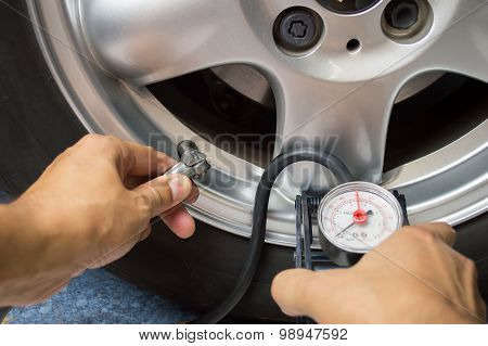 Vehicle Wheel Add Air Pressure