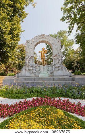 Monument For Johann Strauss (1921) In Vienna, Austria