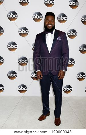 LOS ANGELES - AUG 6:  Malcolm-Jamal Warner at the ABC TCA Summer 2017 Party at the Beverly Hilton Hotel on August 6, 2017 in Beverly Hills, CA