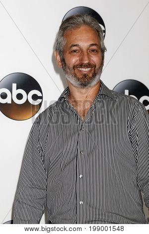 LOS ANGELES - AUG 6:  David Shore at the ABC TCA Summer 2017 Party at the Beverly Hilton Hotel on August 6, 2017 in Beverly Hills, CA