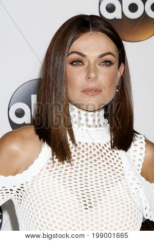LOS ANGELES - AUG 6:  Serinda Swan at the ABC TCA Summer 2017 Party at the Beverly Hilton Hotel on August 6, 2017 in Beverly Hills, CA