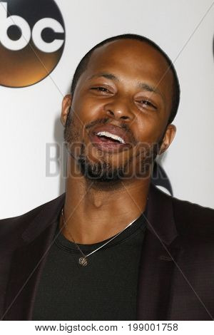 LOS ANGELES - AUG 6:  Cornelius Smith Jr at the ABC TCA Summer 2017 Party at the Beverly Hilton Hotel on August 6, 2017 in Beverly Hills, CA