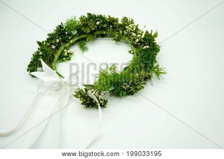 Gypso And Green Leaves Crown With Long White Ribbon For Flower Girl At Wedding Ceremony