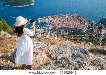 Traveller Takes Photograph Of Dubrovnik With Phone