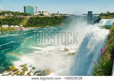 Beautifull View On Niagara Falls In Daylight