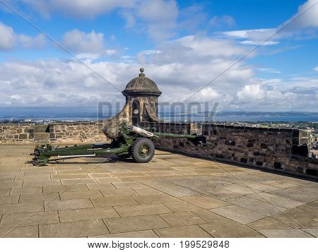 EDINBURGH, SCOTLAND - JULY 29: The one o'clock gun in Edinburgh castle July 29, 2017 in Edinburgh Scotland. The gun traditional fired to allow maritimers to keep proper time.
