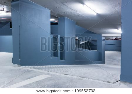Empty Space in a Parking 6 .