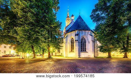 Tallinn, Estonia: St Mary's Cathedral at night