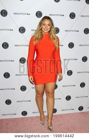 LOS ANGELES - AUG 12:  Iskra Lawrence at the 5th Annual Beautycon Festival Los Angeles at the Los Angeles Convention Center on August 12, 2017 in Los Angeles, CA