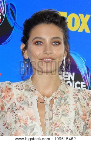 LOS ANGELES - AUG 13:  Paris Jackson at the Teen Choice Awards 2017 at the Galen Center on August 13, 2017 in Los Angeles, CA