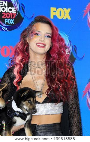 LOS ANGELES - AUG 13:  Bella Thorne at the Teen Choice Awards 2017 at the Galen Center on August 13, 2017 in Los Angeles, CA