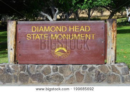 Diamond Head State Monument sign in Hawaii