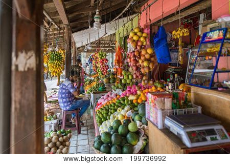 GALLE, SRI LANKA - DECEMBER 16. Shop and greengrocer with all kinds of vegetables and tropical fruits in the major city Galle on December 16, 2016. The city is a spot for vending fruits and vegetables