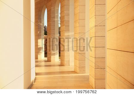 Design of building with columns in neoclassical style