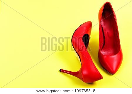 Formal Female High Heel Footwear In Red Color