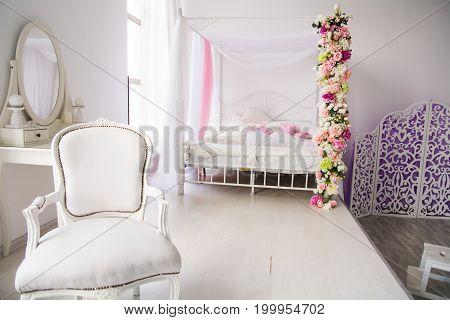 Luxurious Room, Bedroom With A Bed Chair And A Ladies' Table
