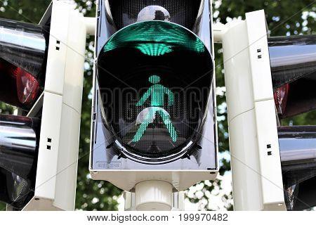 An image of a pedestrian traffic light