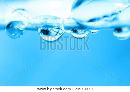 water droplets (shallow DOF); winter theme series