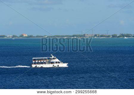 Cayman Islands - Dec 30, 2014: Cruise Ship Carib Temptress In Downtown George Town, Grand Cayman, Ca